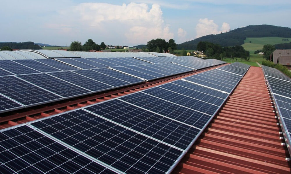 The Pros and Cons of Solar Panel Kits for Your Home in Maui