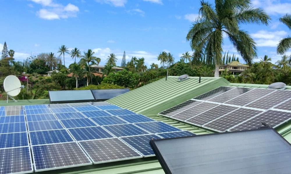 Solar Energy vs Fossil Fuels on Maui