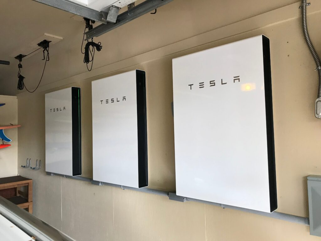 tesla powerwall solar system Maui 1