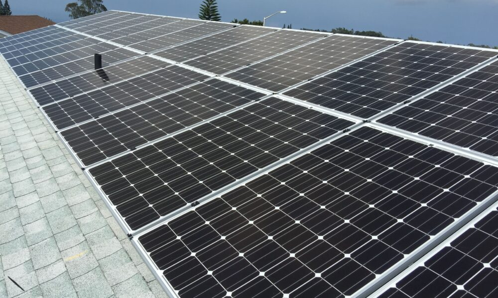 Why You Need A Grid Tied Solar System on Maui